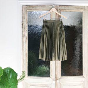 Topshop Pleated Satin Skirt